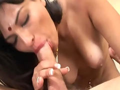 Indian babe receives her Pussy fucked by a meaty cock